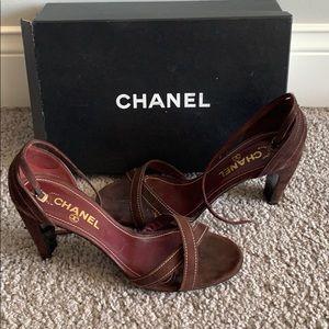 Vintage Chanel Heels (40)